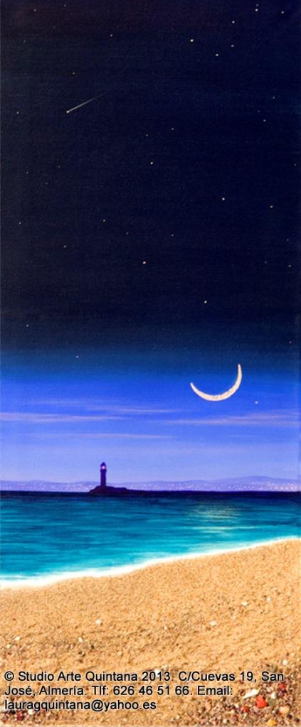 Cuando sale la Luna, sonríe al faro de Almería.